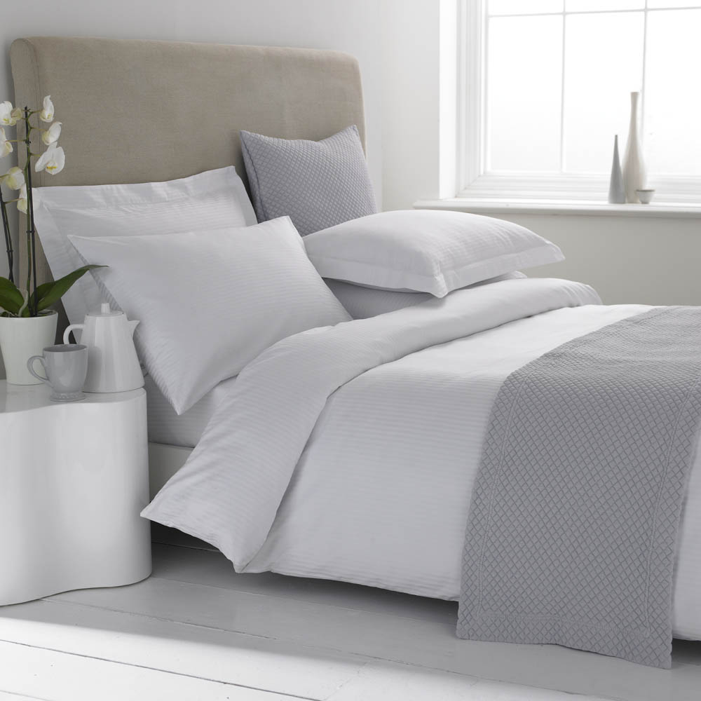 Are Egyptian Cotton Sheets Really Better?